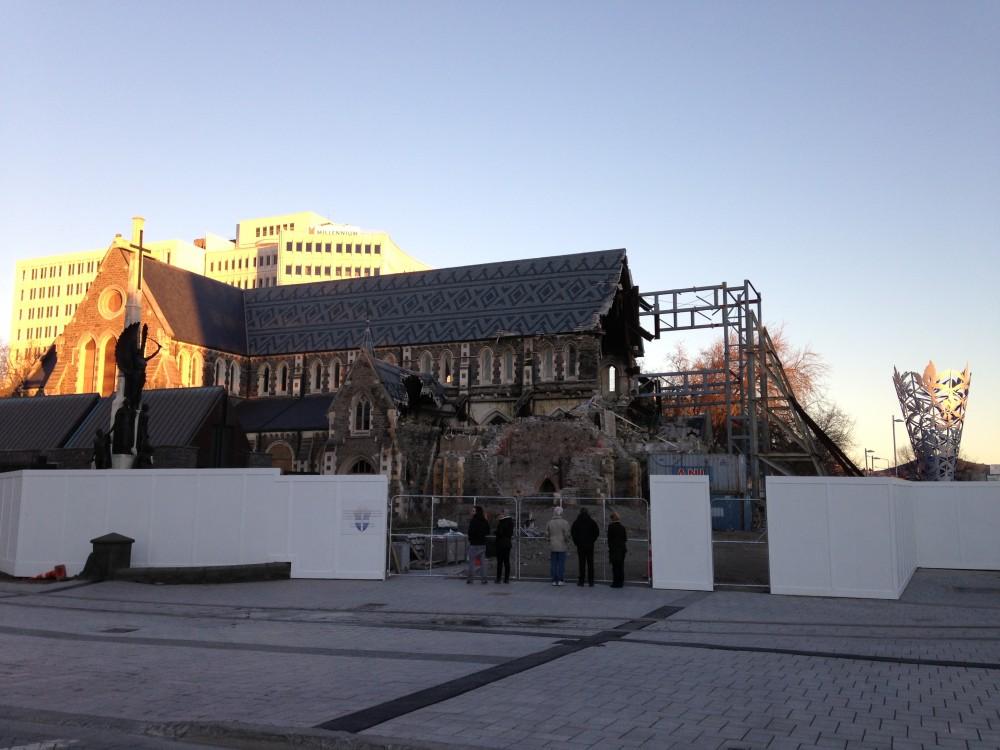 Kirken, der er faldt faldet sammen grundet jordskælvet