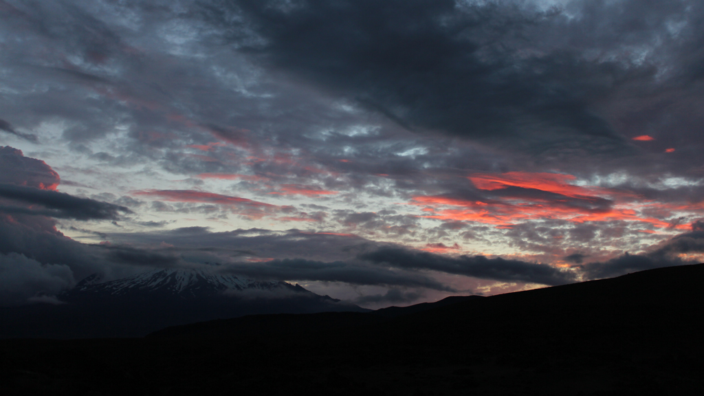 Tongariro-northern-vandring-outnabout3