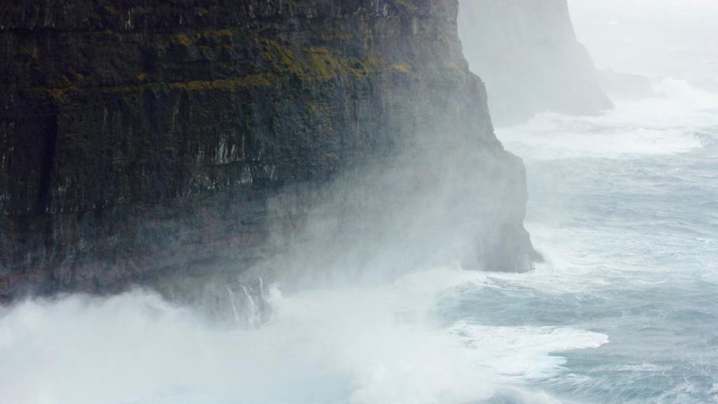 gjogv-færøerne-outnabout2