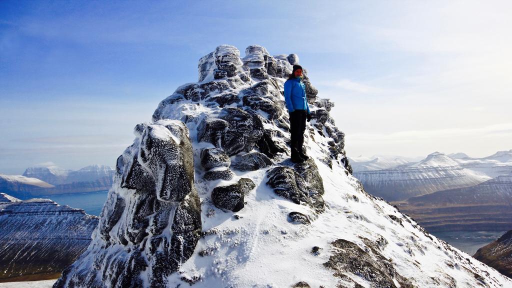 færøerne-højeste-punkt-outnabout
